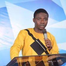 Popular Nigerian Pastor Backs Tega, Labels Nigerians 'Hypocrites'